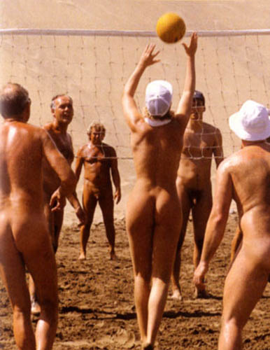Nudism, a deviance?